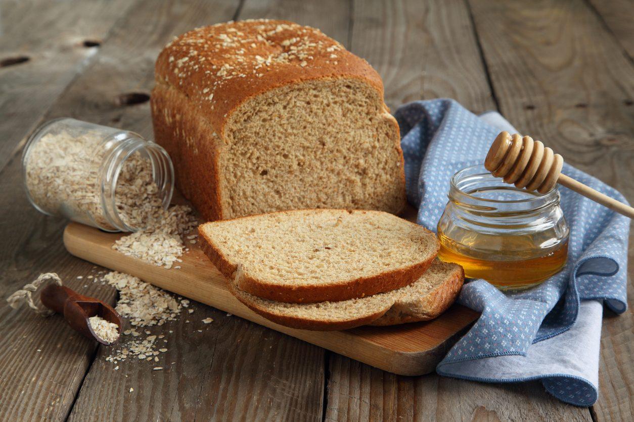 Pane al miele: la ricetta per prepararlo gonfio e soffice