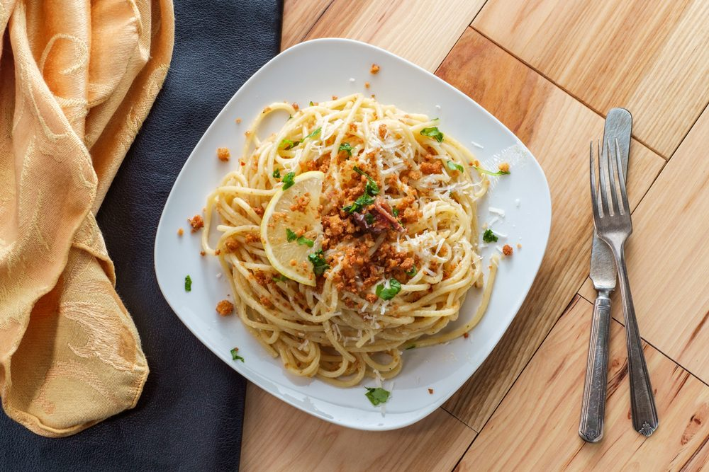 Spaghetti con il miele: la ricetta siciliana della pasta co' meli