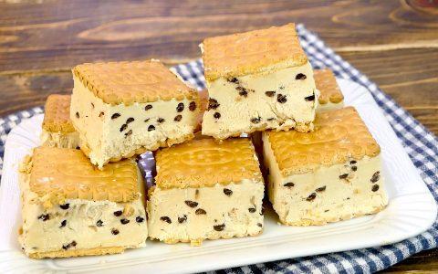 Biscotto gelato al tiramisù: la ricetta del dessert freddo facile e delizioso