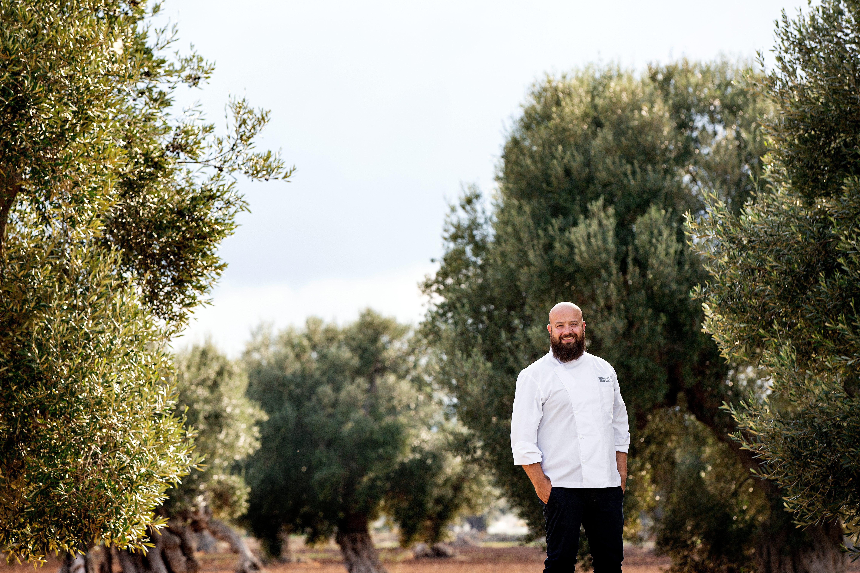 A Borgo Egnazia apre La Calce: bistrot dello chef stellato Schingaro