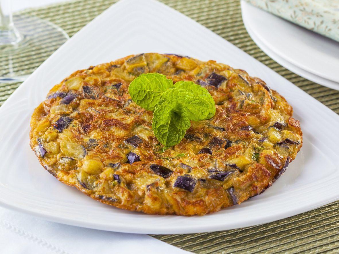 Frittata di melanzane: la ricetta del secondo piatto semplice e saporito