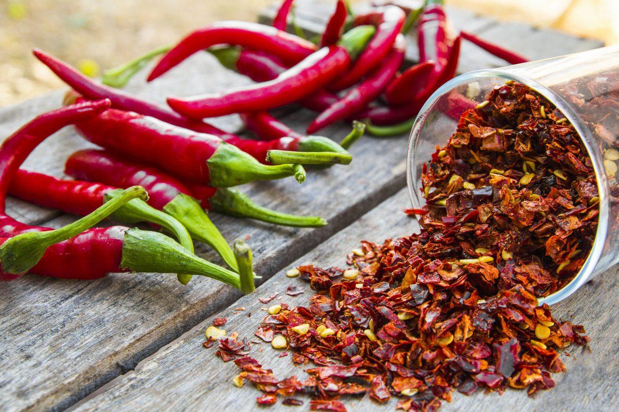 Guida ai peperoncini: come riconoscere e usare in cucina le varietà principali