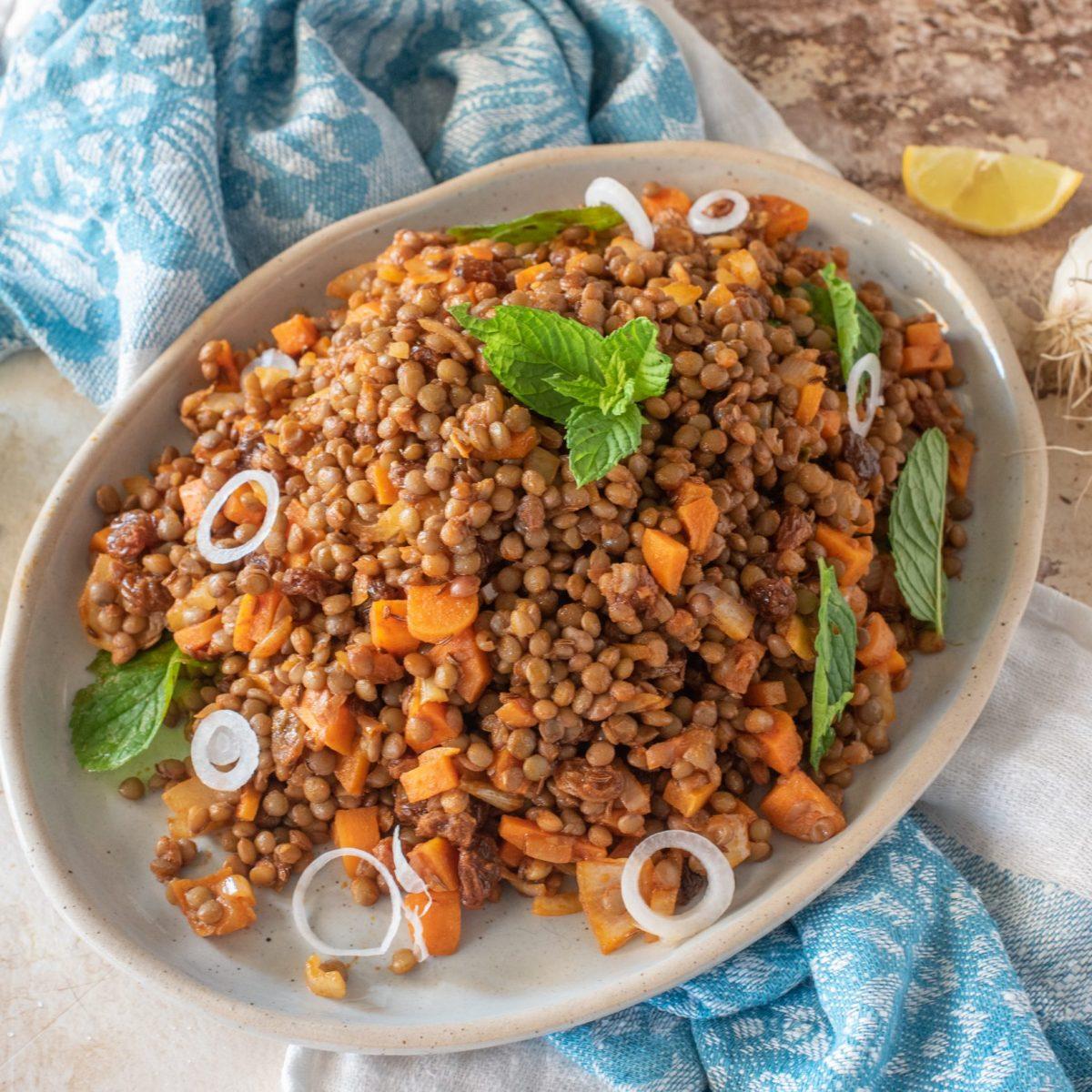 Ricetta Lenticchie.Insalata Di Lenticchie Alla Marocchina La Ricetta Del Piatto Estivo E Mediterraneo