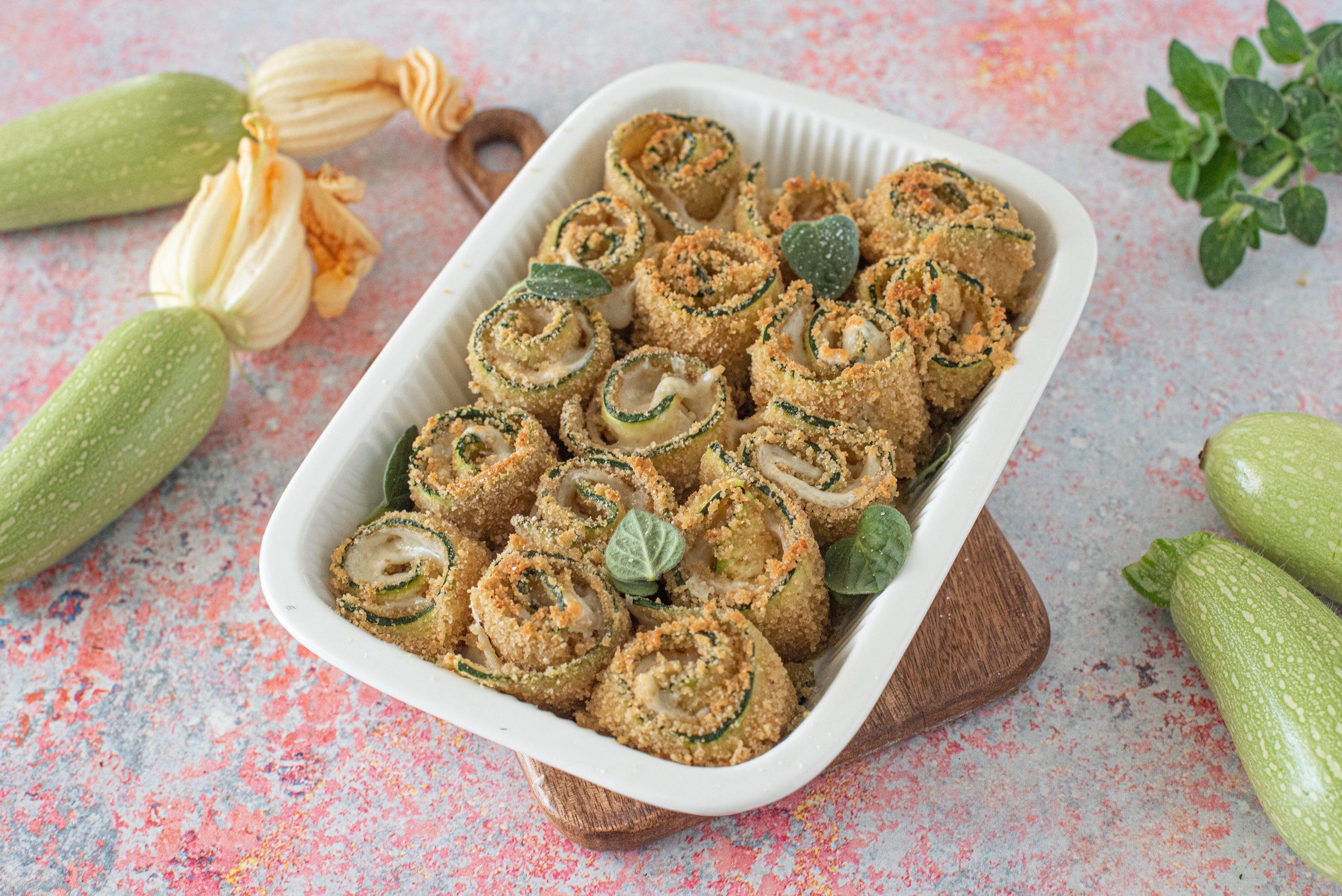 Involtini di zucchine al forno: la ricetta dell'antipasto leggero e delizioso