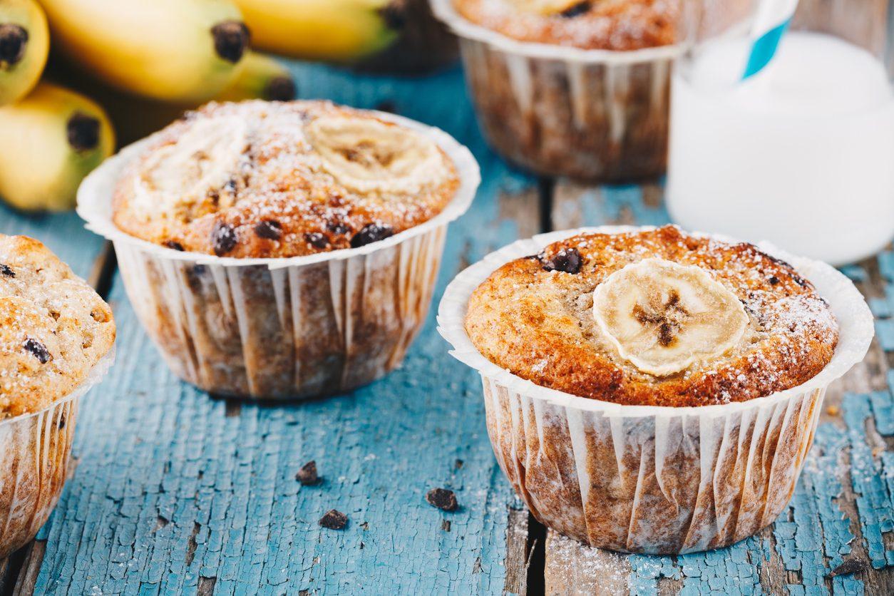 Muffin alla banana e cioccolato: la ricetta dei dolcetti morbidi e golosi