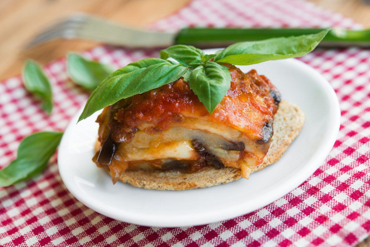 Parmigiana di pesce bandiera: la ricetta del secondo piatto di mare gustoso e originale