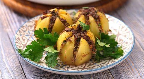 Patate ripiene di carne macinata: la ricetta del secondo piatto semplice e saporito