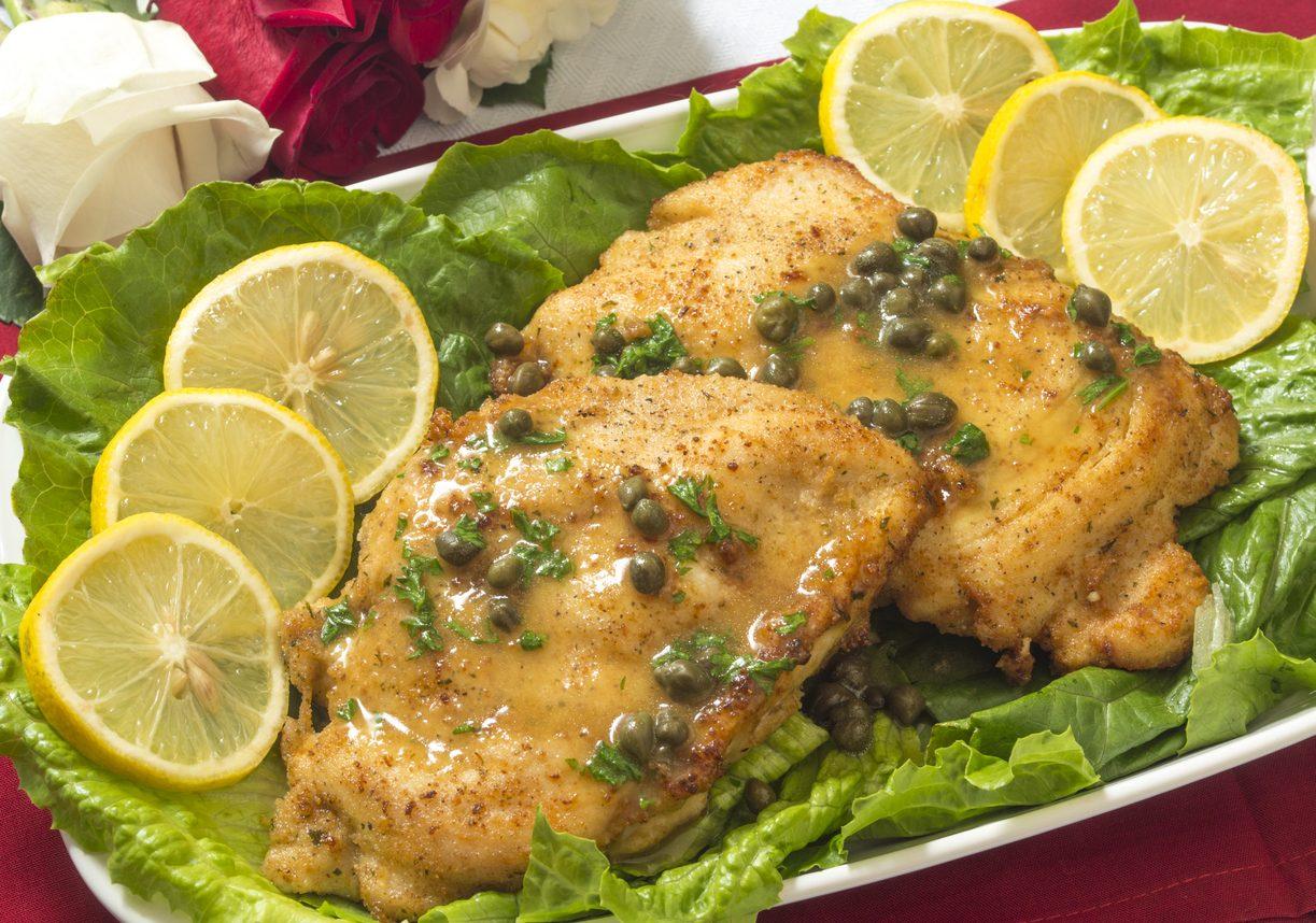 Piccata di pollo: la ricetta del secondo piatto gustoso e profumato