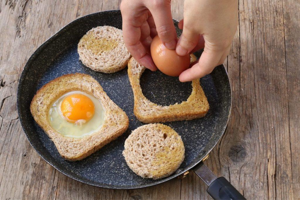 prepatare le uova fritte