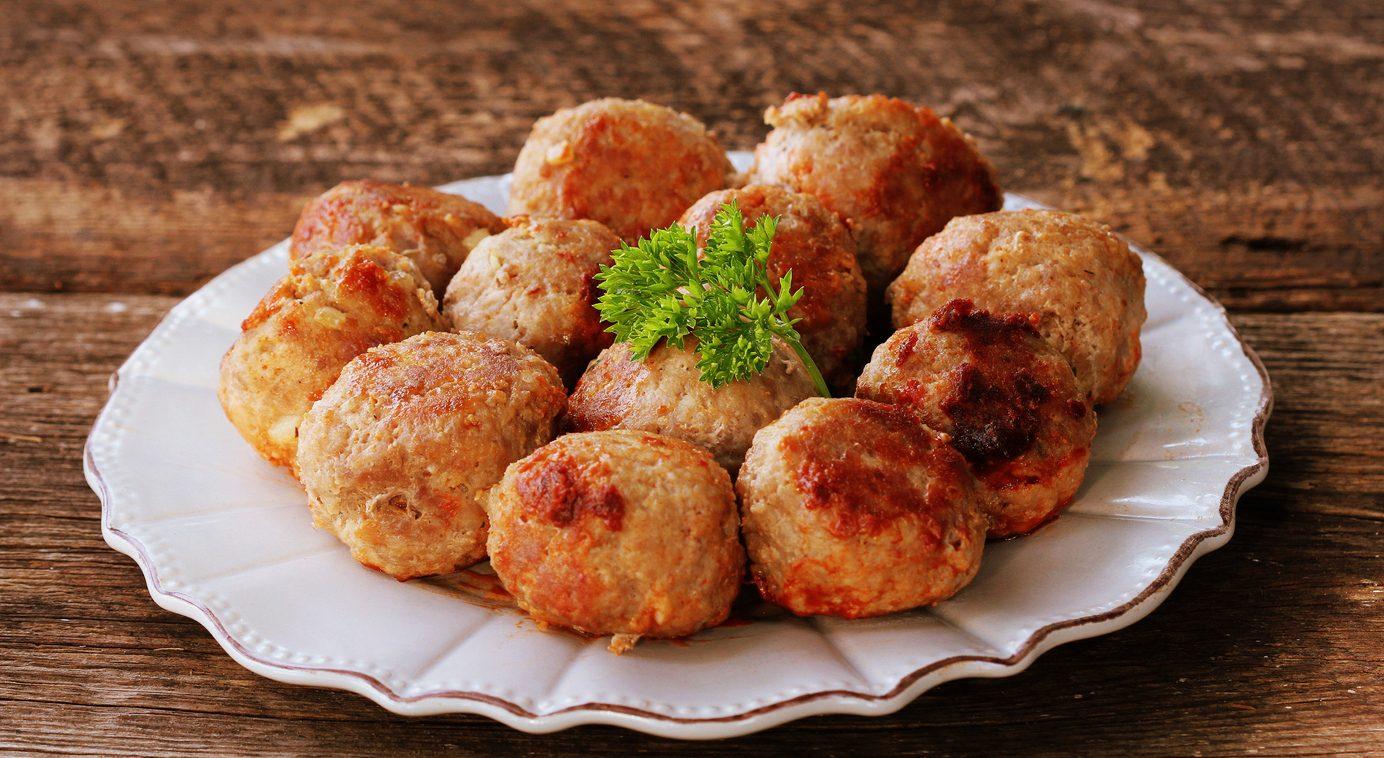 Polpette di mortadella: la ricetta del secondo piatto goloso, facile e veloce