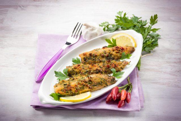Ricetta Orata Gratinata Con Patate.Filetti Di Orata Gratinati La Ricetta Di Un Secondo Piatto Di Pesce Fresco E Leggero