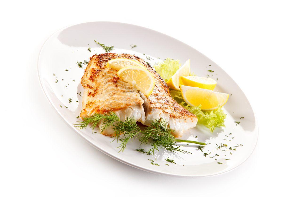 Merluzzo alla griglia: la ricetta per un piatto estivo fresco e leggero