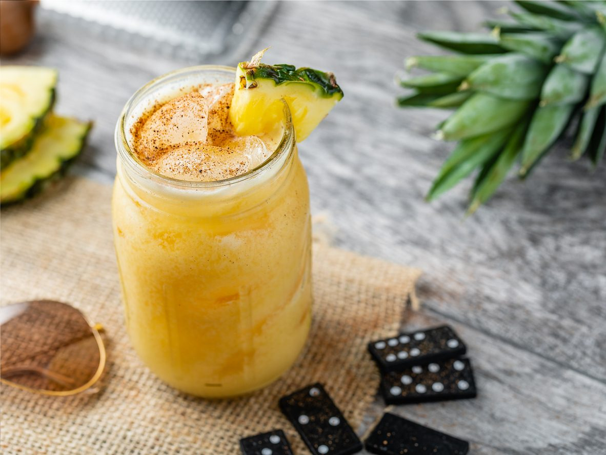 Painkiller: la ricetta del cocktail esotico tiki a base di rum