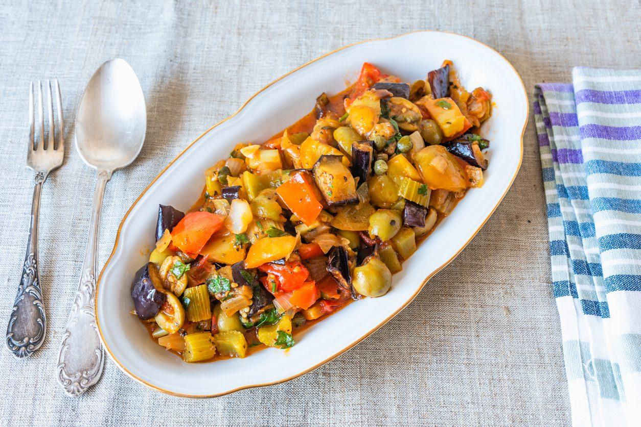 Caponata di pesce spada: la ricetta con melanzane tipica della cucina siciliana