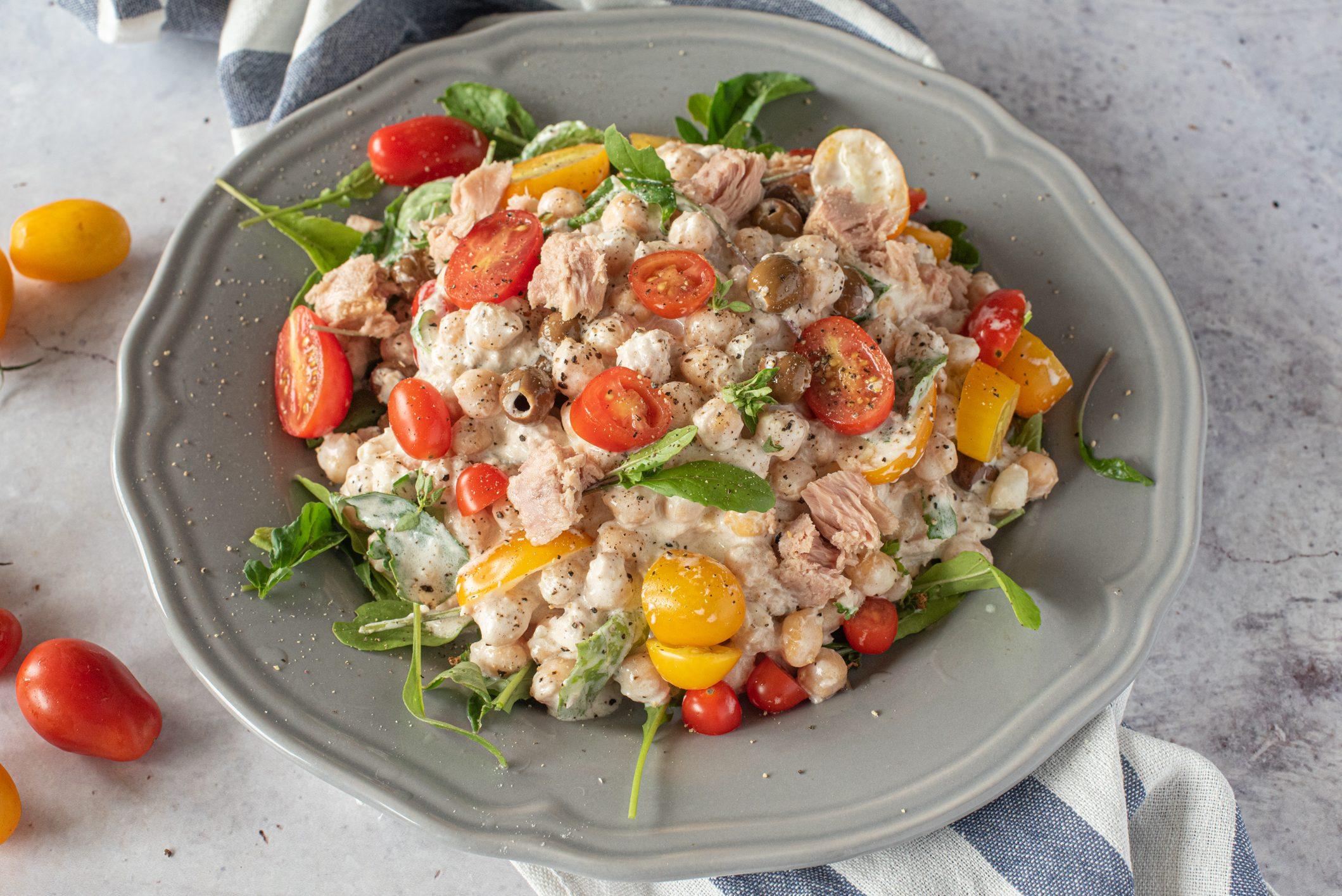 Ceci tonnati: la ricetta dell'insalata di legumi fresca e golosa
