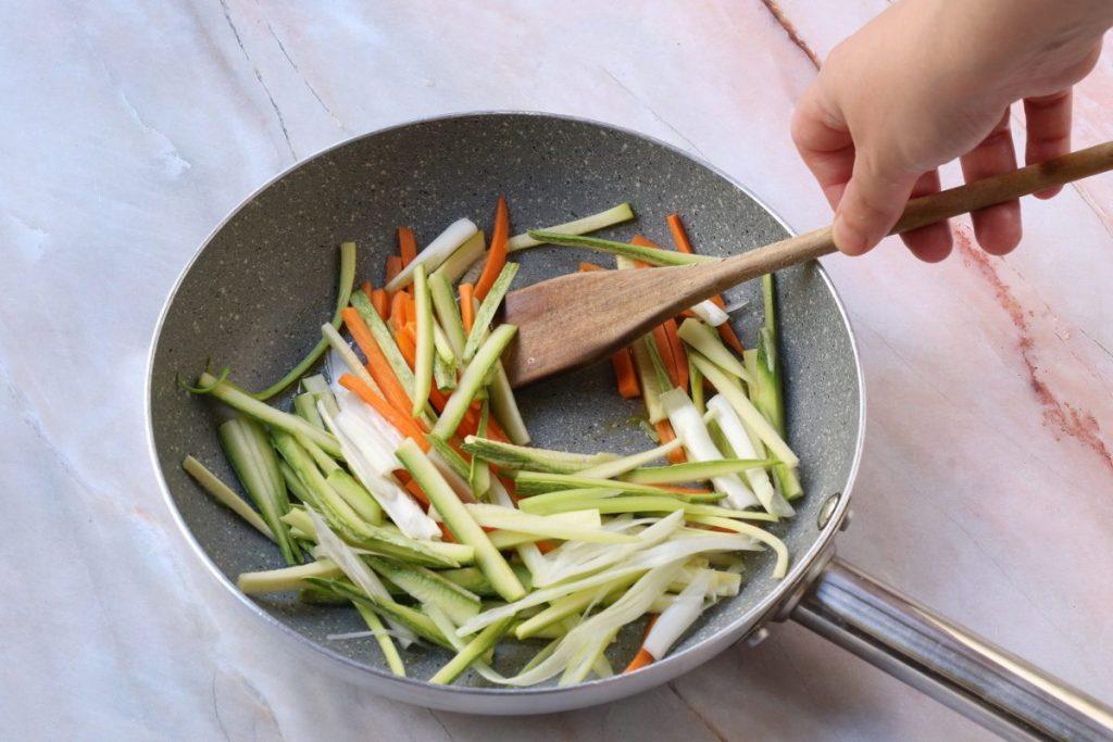 saltare le verdure in padella