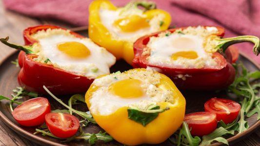 Peperoni ripieni di cous cous: la ricetta del primo piatto semplice e sfizioso