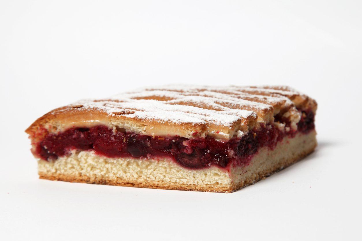 Scendiletto alle ciliegie: la ricetta del dolce semplice e goloso ideale per la colazione