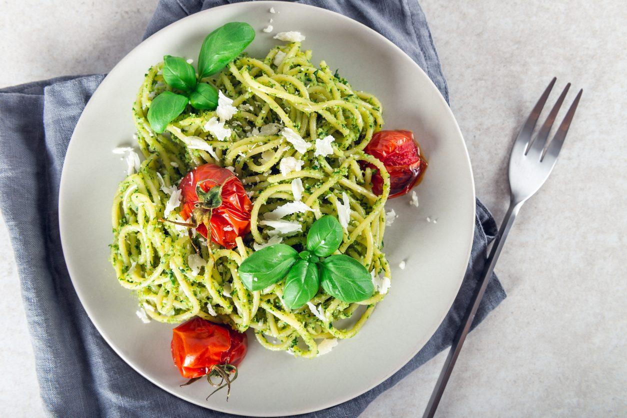 Spaghetti tricolore: la ricetta del primo piatto veloce e cremoso
