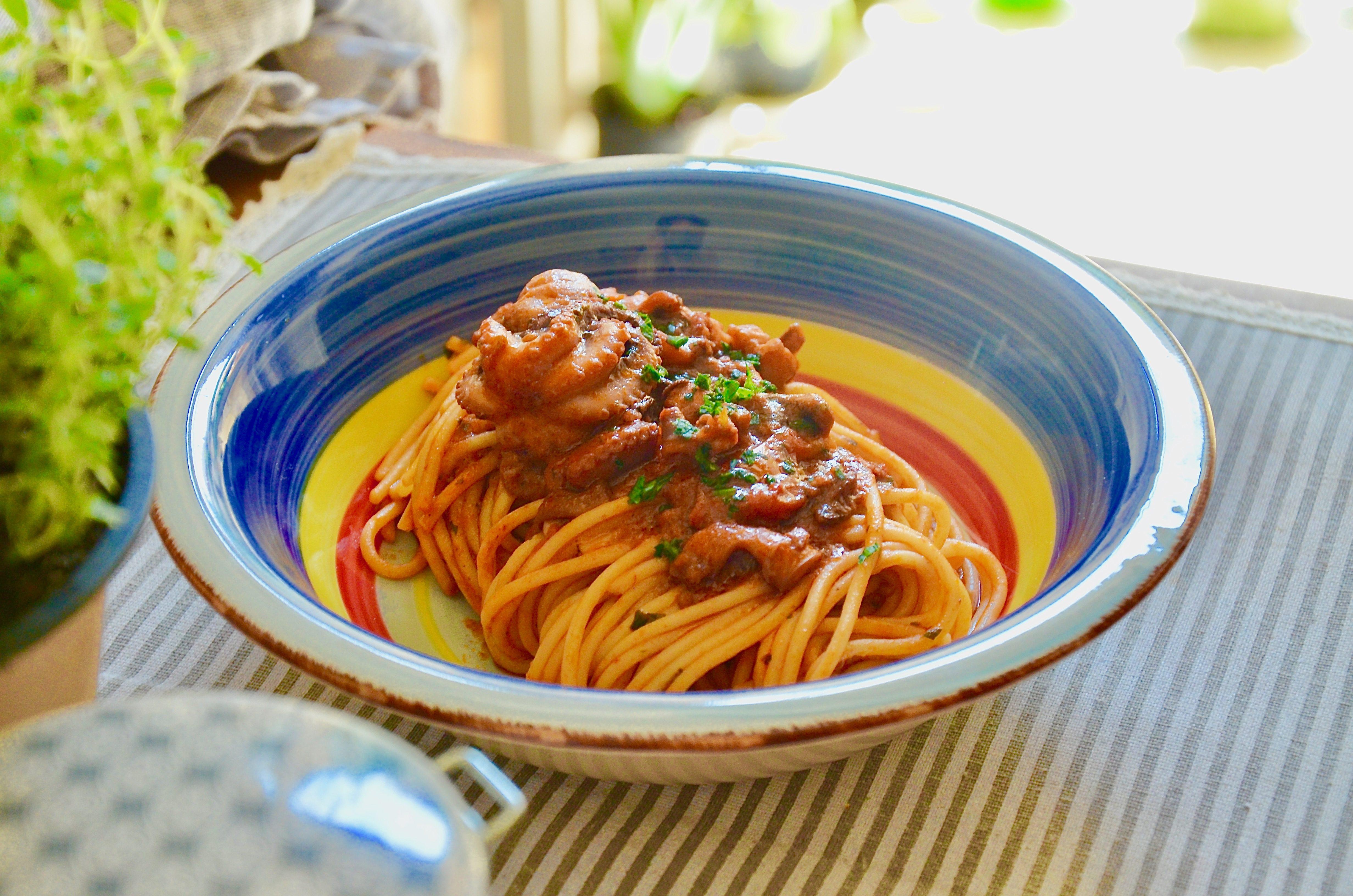 Spaghetti con i moscardini: la ricetta di un grande classico della cucina mediterranea