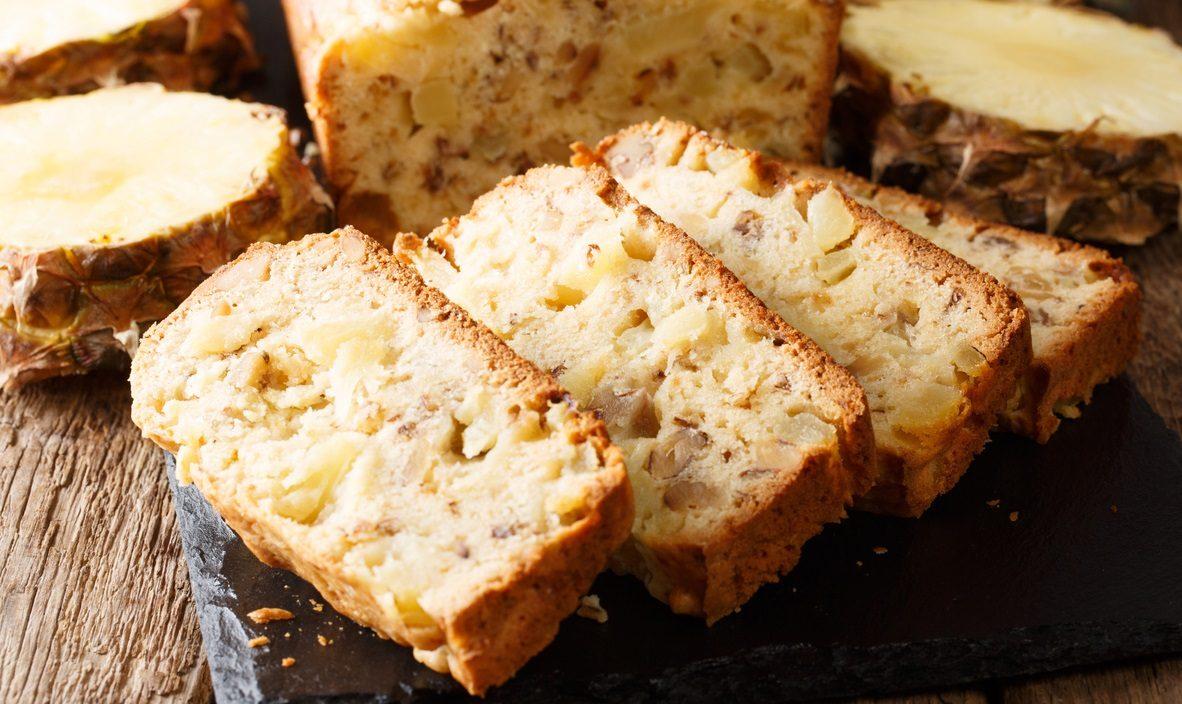 Torta hawaiana: la ricetta del dolce soffice e profumato velocissimo da preparare