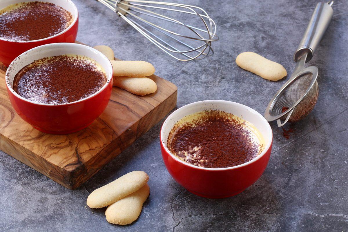 Zabaione freddo con cacao: la ricetta del celebre dessert in versione estiva