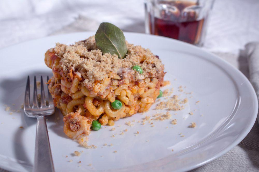 Anelletti al forno alla palermitana: storia e varianti di un piatto simbolo della Sicilia