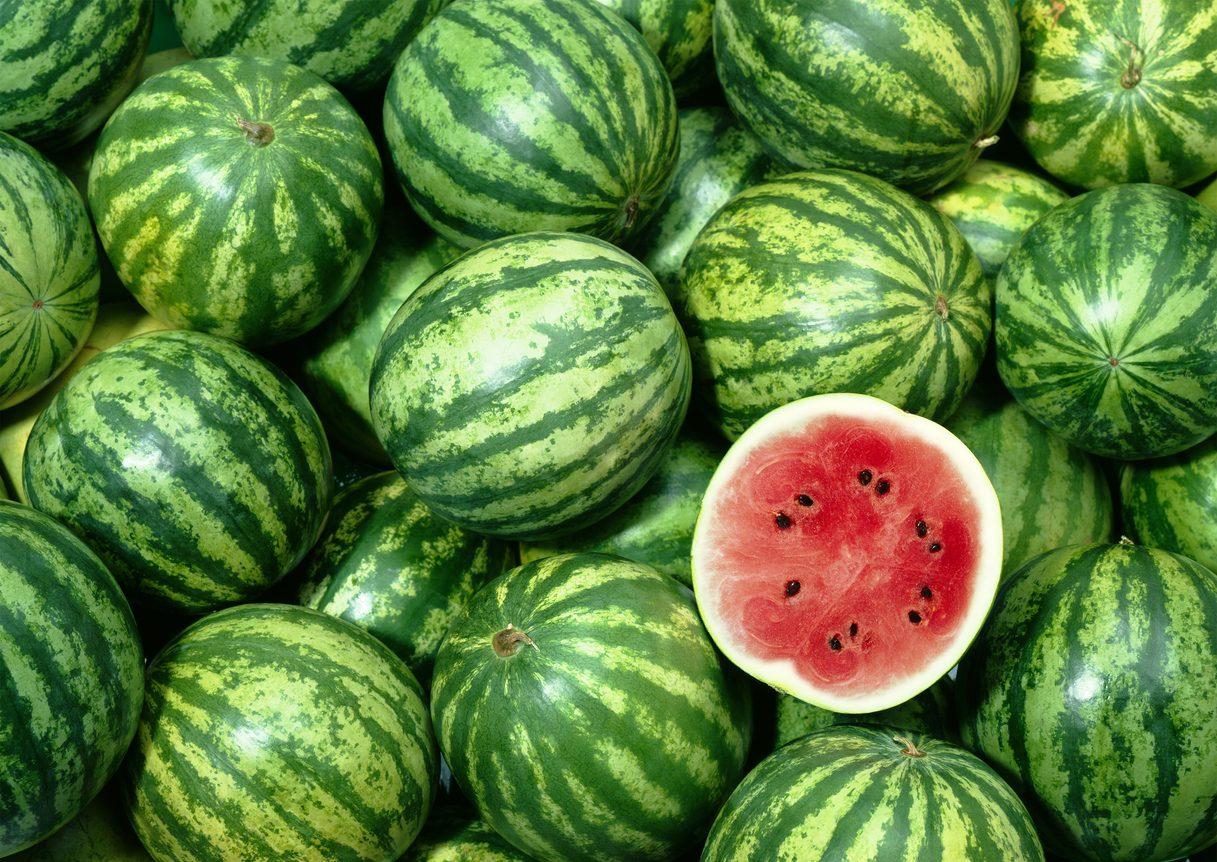 Cosa comprare al mercato ad agosto: verdura, frutta e pesce di stagione