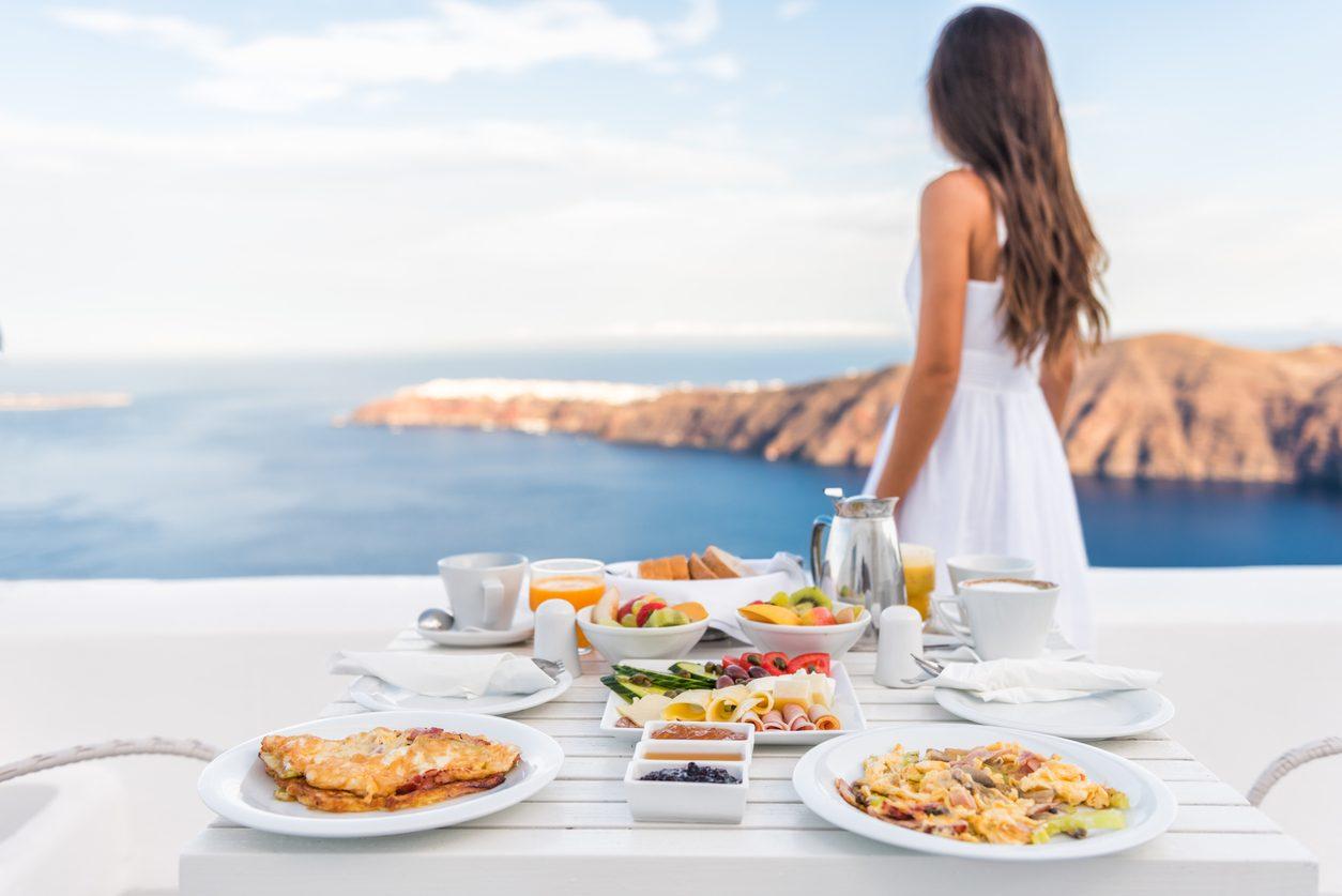 9 consigli per mangiare bene anche durante le vacanze senza strafare