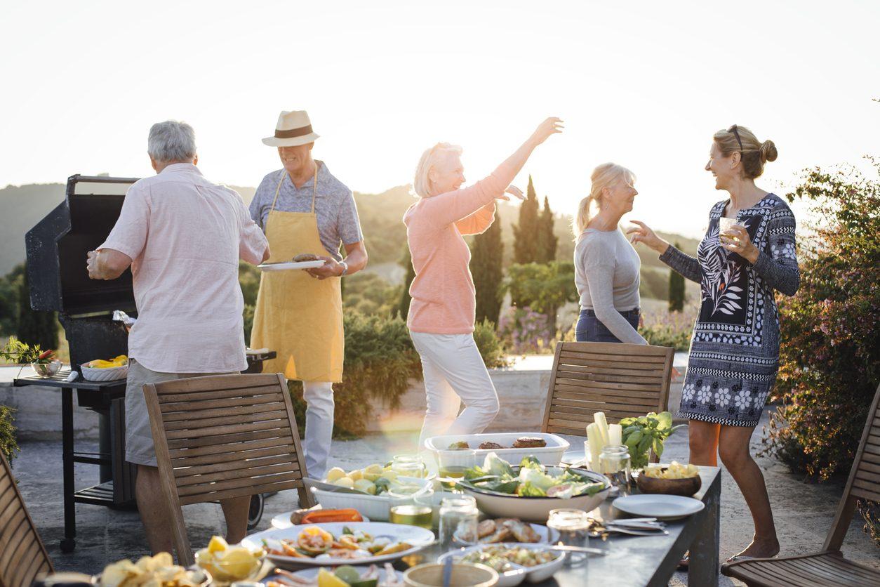 10 consigli per mangiare bene anche durante le vacanze senza esagerare