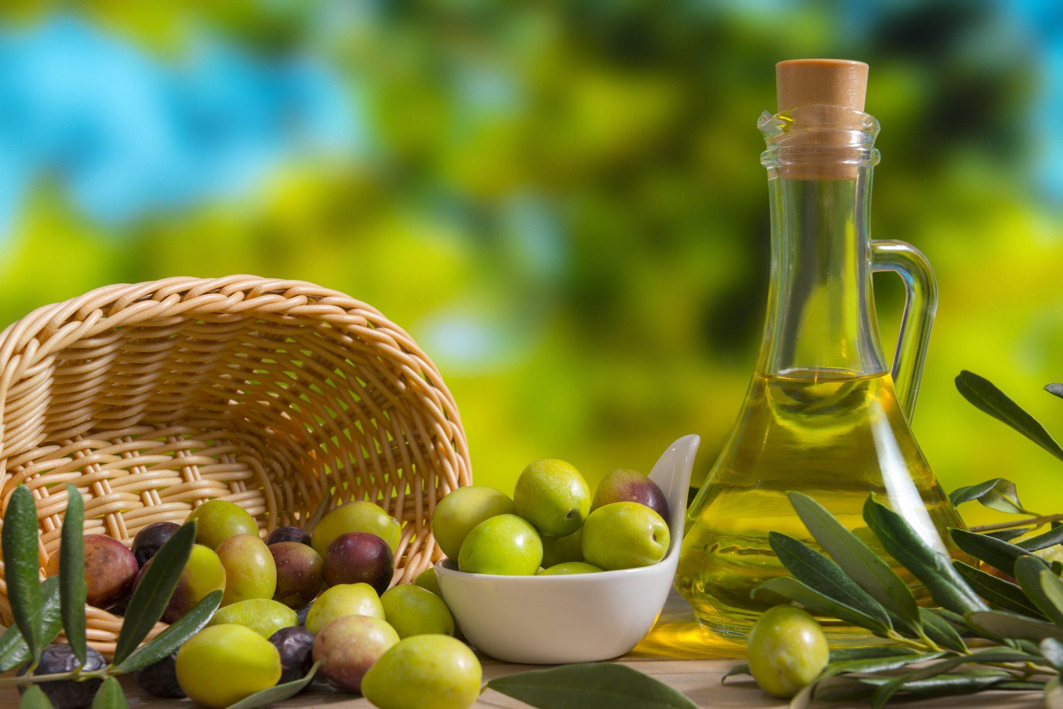 Non sai come scegliere l'olio extravergine per il ristorante? Olivante è ciò che fa per te