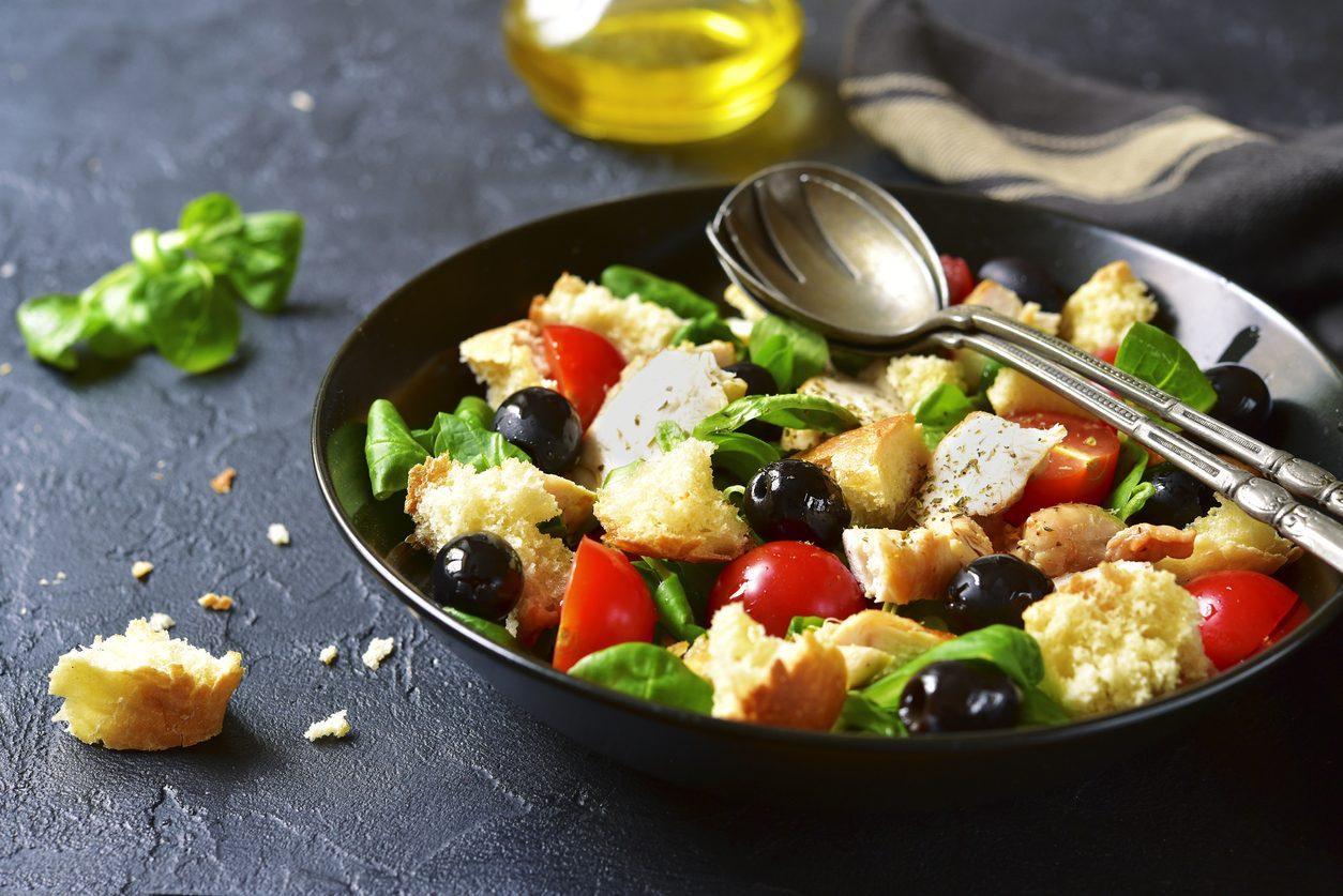 Panzanella toscana: la ricetta originale e le sue varianti