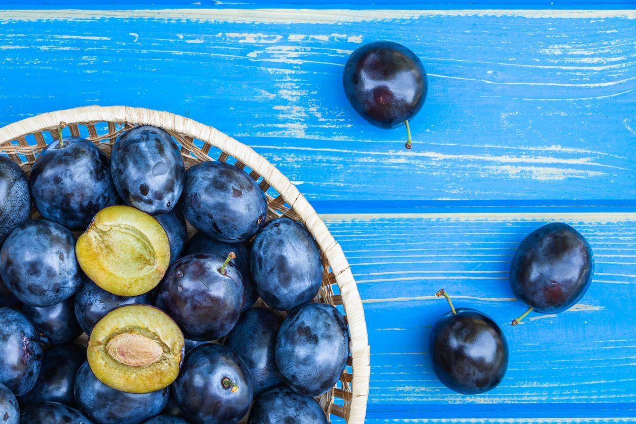 Prugne: proprietà, benefici e le migliori ricette per usarle in cucina