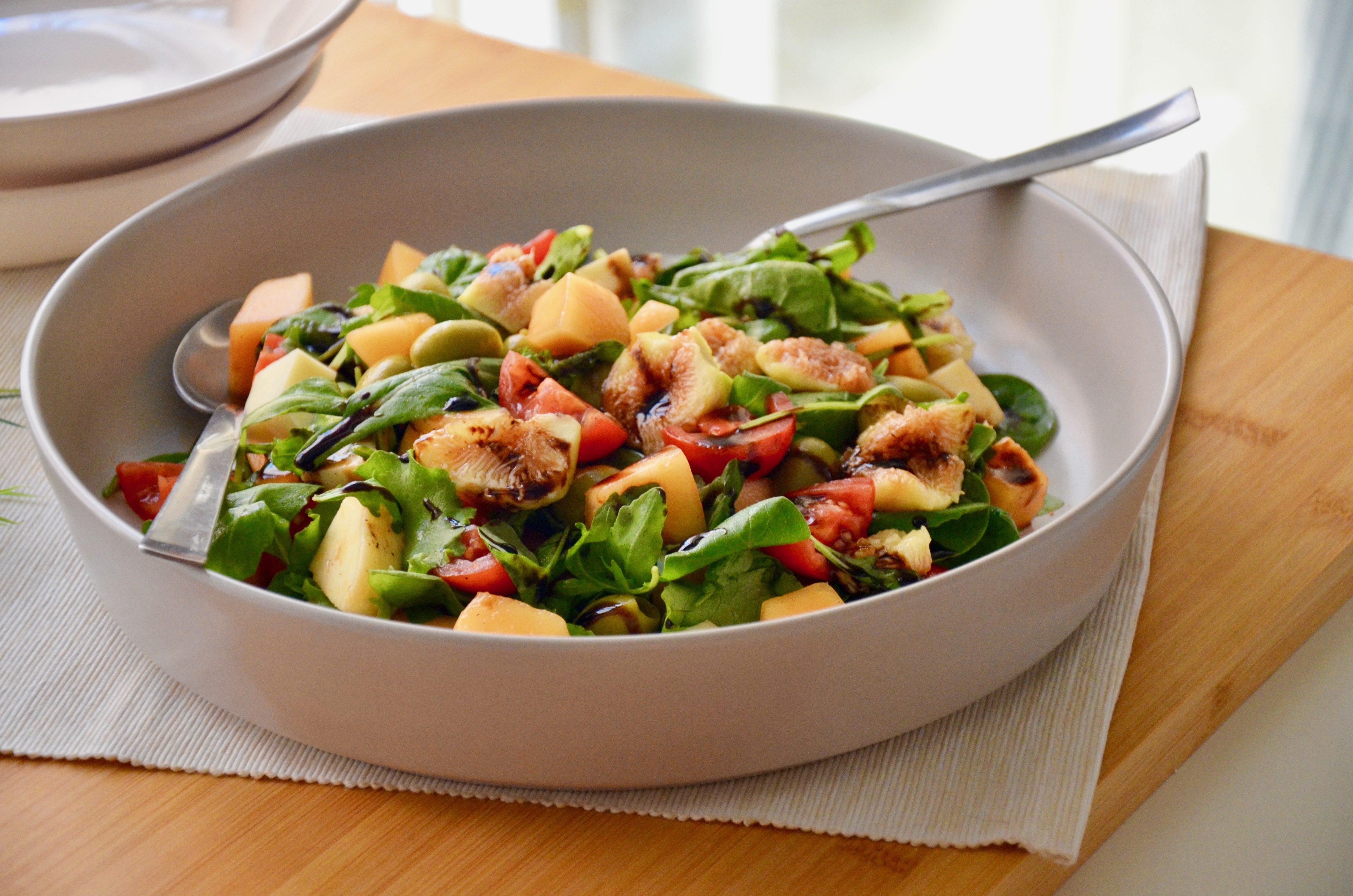 Insalata di melone: la ricetta del contorno fresco, leggero e gustoso