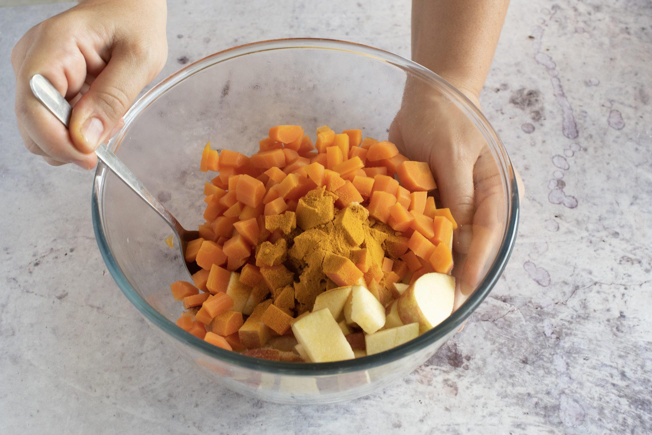 Gazpacho alle carote e latte di cocco