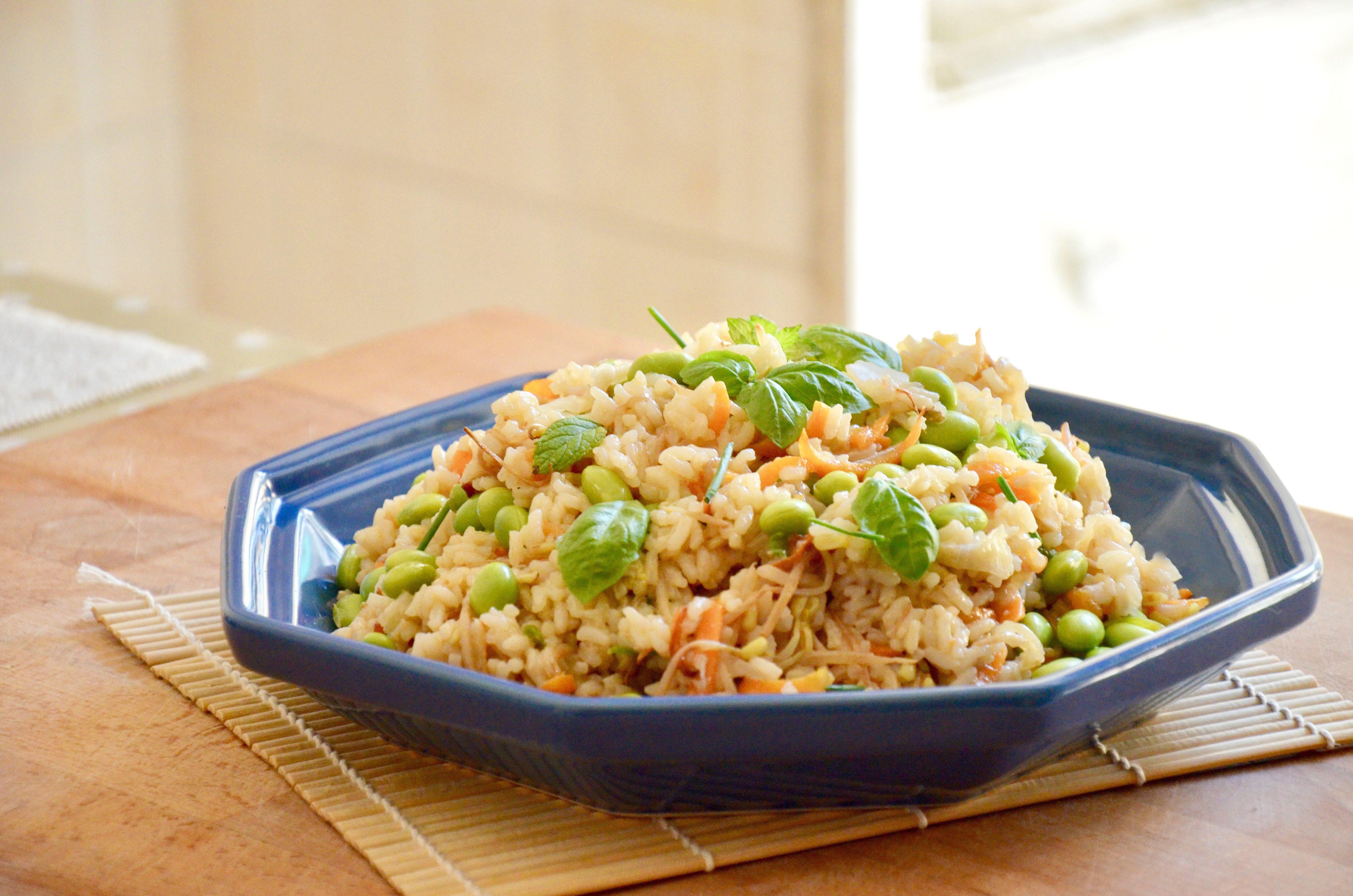 Insalata di riso all'orientale: la ricetta del piatto unico gustoso e originale