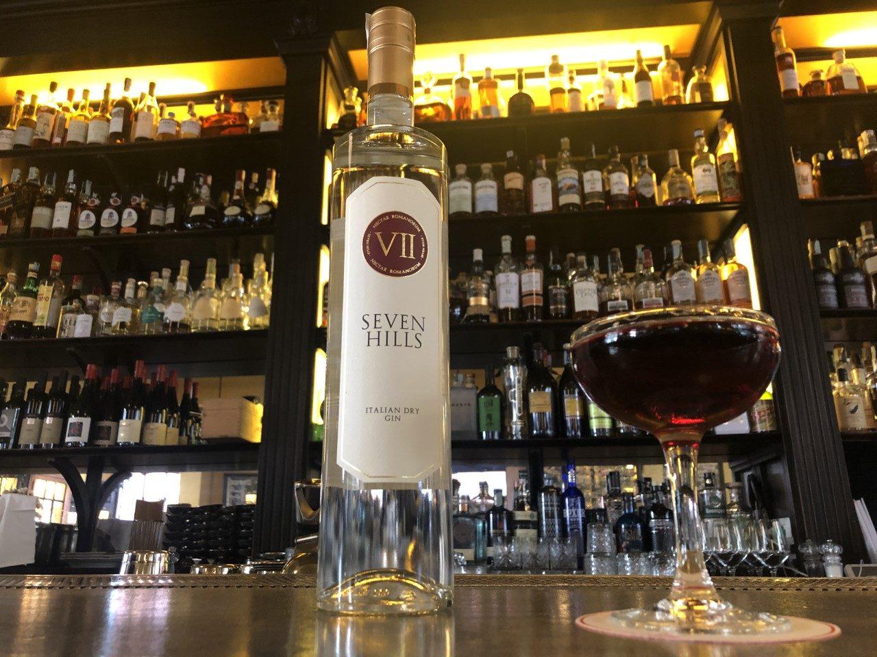 Il Gin and Sea, la ricetta dell'estate spiegata da uno dei migliori bartender al mondo
