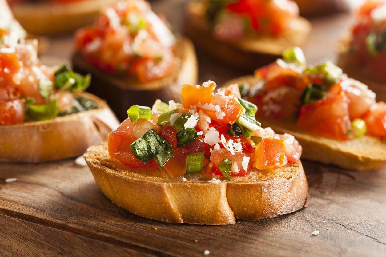 Pane e pomodoro: le mille versioni di un'accoppiata perfetta