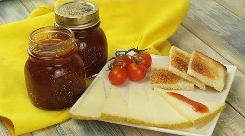 Marmellata di pomodori: la ricetta della conserva con pomodori rossi deliziosa e originale