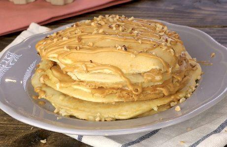 Pancakes al burro di arachidi: la ricetta delle frittelle proteiche e deliziose