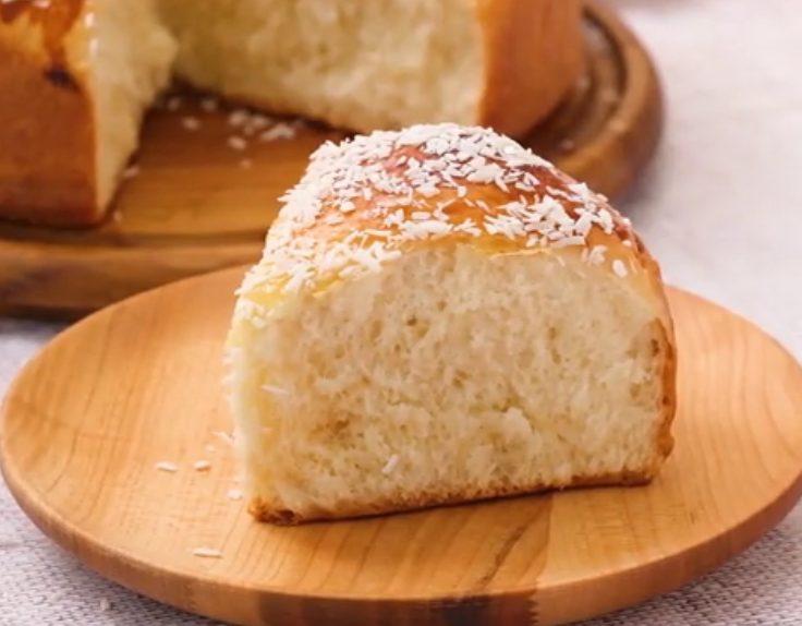 Pane al cocco: la ricetta del pane dolce sofficissimo e delizioso