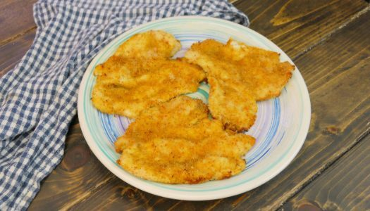 Pollo allo yogurt al forno: la ricetta del petto di pollo croccante e gustoso