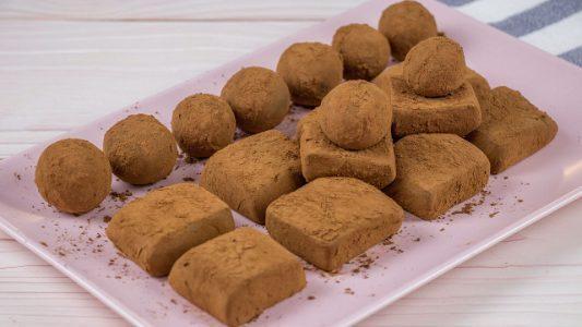 Tartufini al latte condensato: la ricetta dei dolcetti golosi con solo 2 ingredienti