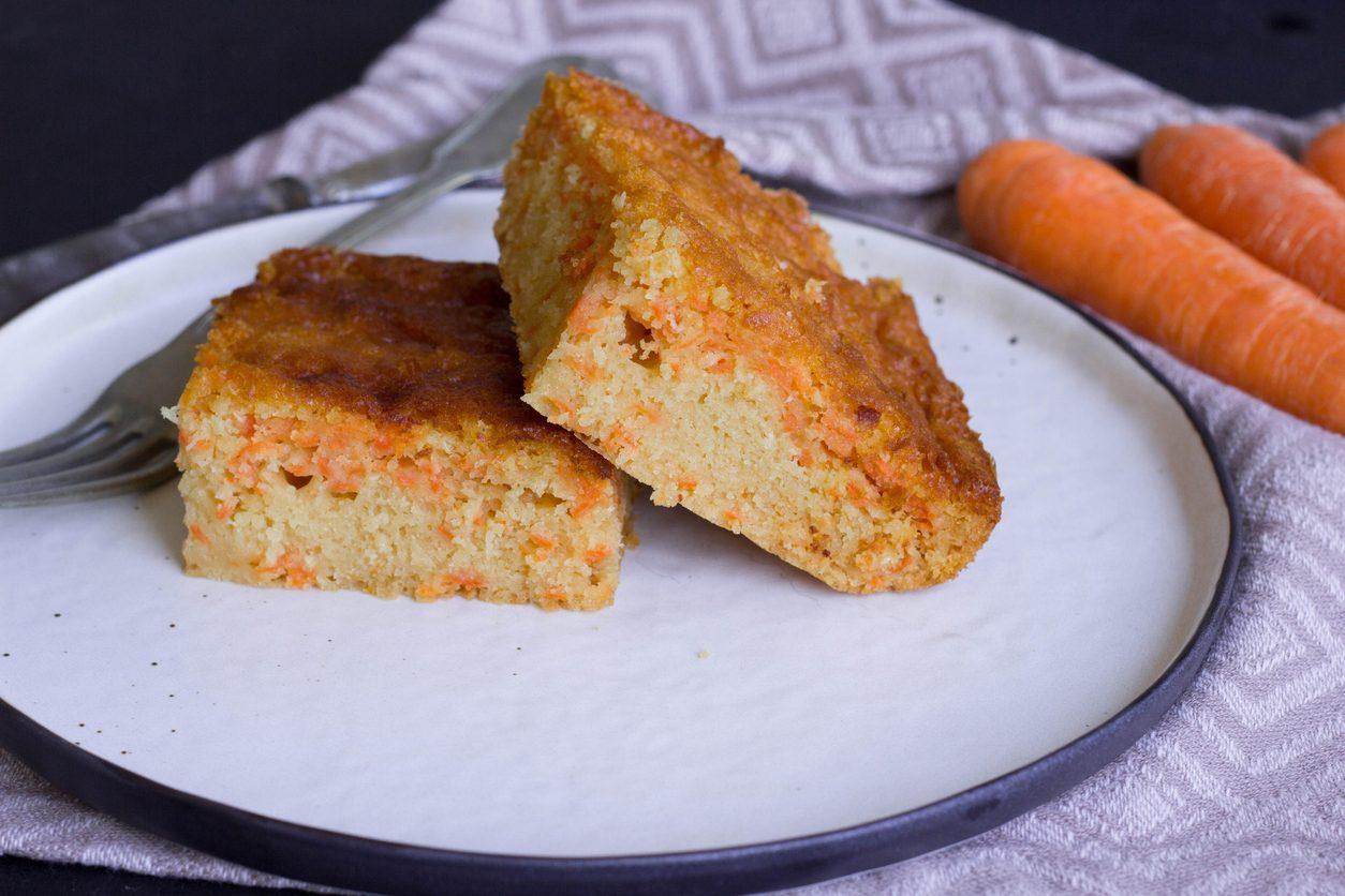 Torta di carote vegan: la ricetta del dolce soffice senza uova, burro e latte