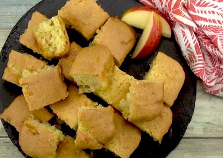 Tortine di mele: la ricetta velocissima per prepararle morbide e profumate