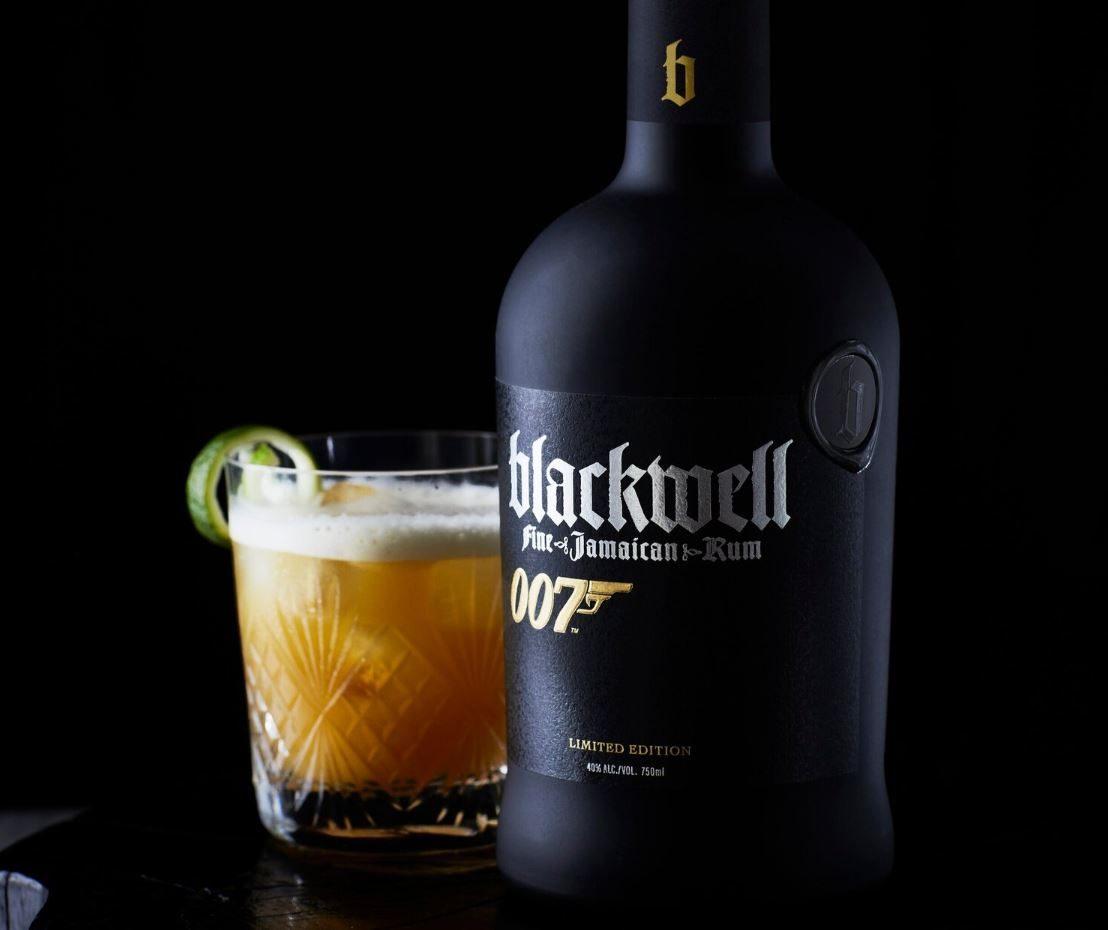 Il rum che celebra 007: Chris Blackwell dedica una bottiglia al suo mito
