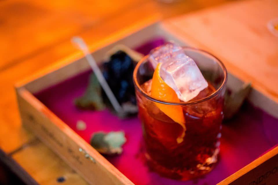 La ricetta del drink ispirato a Shining di Stanley Kubrick: il Calabrian Old Fashioned