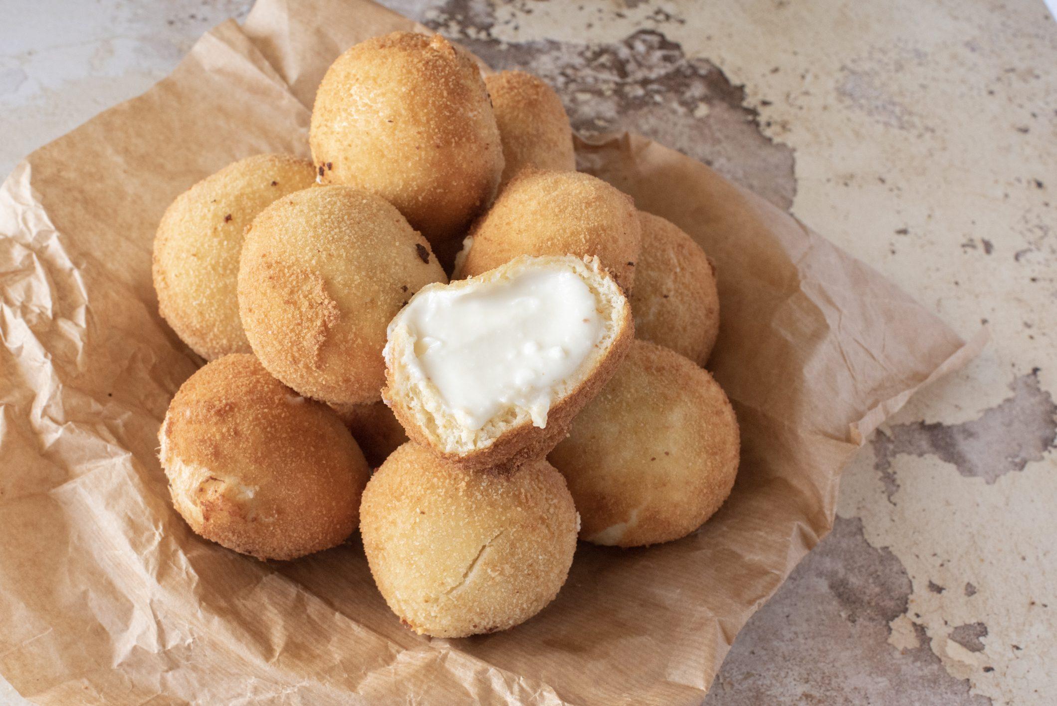Iris: la ricetta delle bombette dolci tipiche della tradizione siciliana