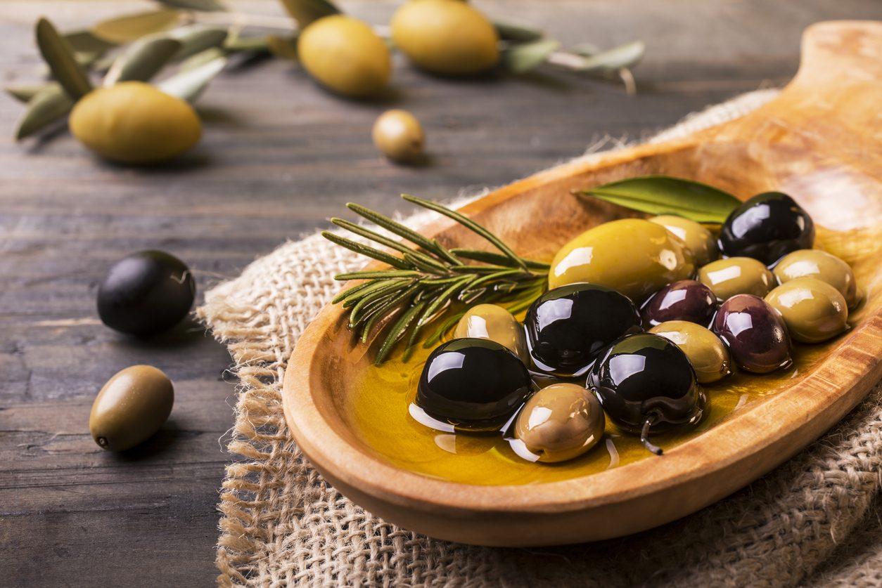 Come conservare le olive per farle durare tutto l'anno