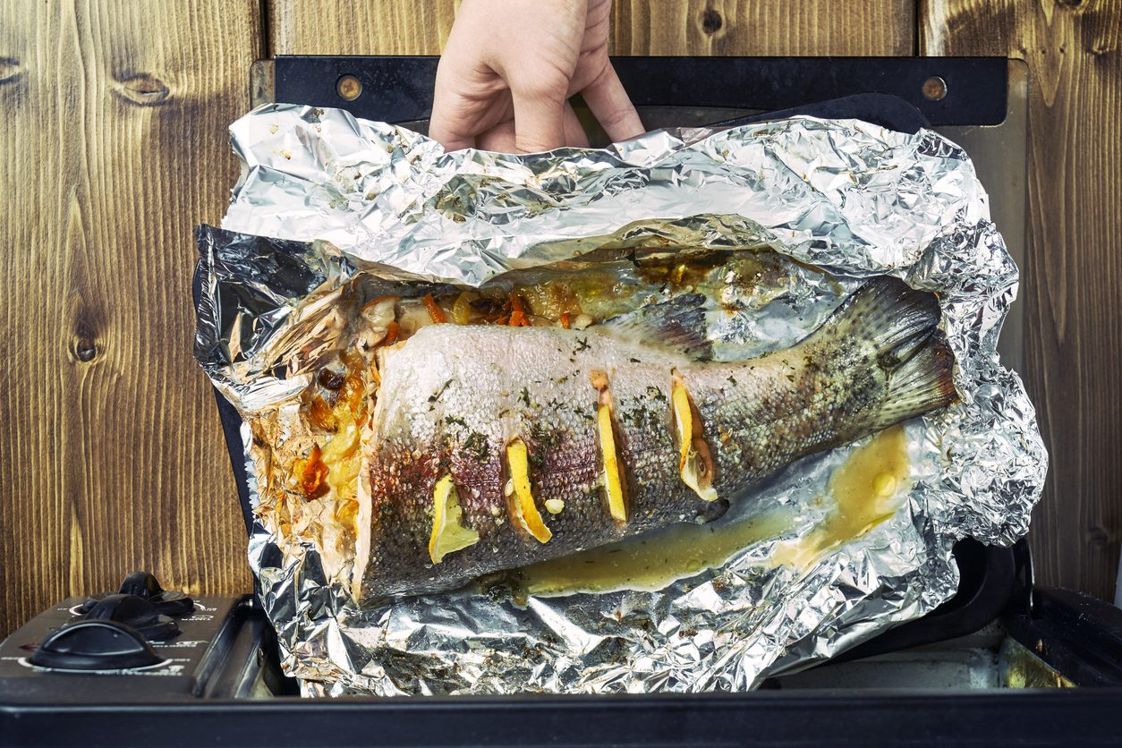 Come cucinare il pesce al forno: trucchi e tecniche per farlo alla perfezione